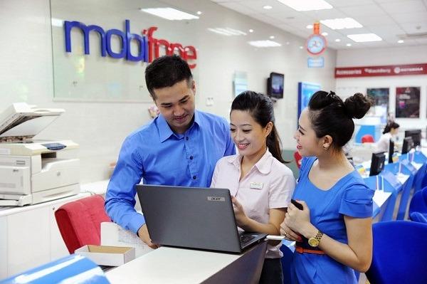 Tận hưởng gói khuyến mãi LN100, LN140 Mobifone miễn phí cho khách hàng lâu năm